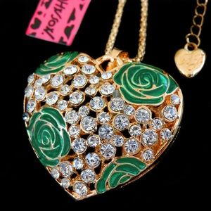 Betsey Johnson Crystal Green Heart Flower Necklace